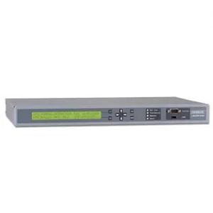 Meinberg LANTIME M300: NTP сървър в 1U калъф за сървър Rackmount
